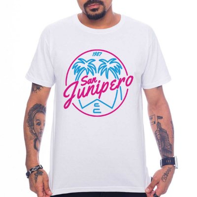 6f617b499 Camiseta Black Mirror - San Junipero