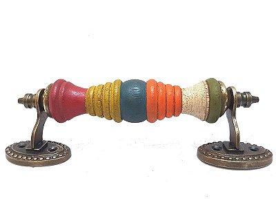 Puxador Colorido em Madeira de Porta 06x19cm