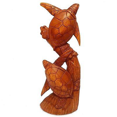 Escultura Tartarugas na Madeira - Bali
