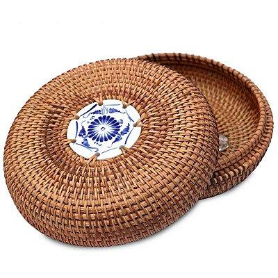 Caixa Vietnamita em Rattan e Cerâmica
