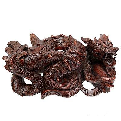 Escultura Dragão Entalhado Na Madeira