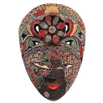 Máscara Batik Floral Tribal 28cm