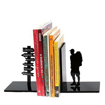 """Aparador de Livros """"Mochileiro"""" Personalizável"""
