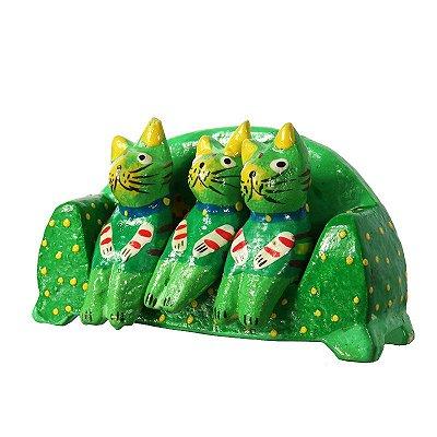 Trio Gatos Verdes no Sofá | Bali