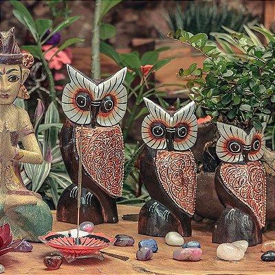 Trio de Corujas em Madeira Bali