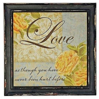 """Quadro Decorativo """"Love"""" em Madeira"""
