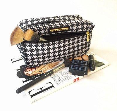 Necessaire para maquiagem estampa preto e branco Krabi