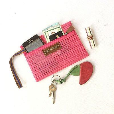 Porta celular bolsinha necessaire pink tela vou ali