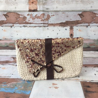 Clutch Crochet Paetês Nude