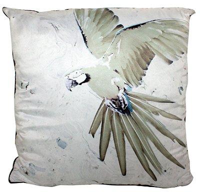 Almofada branca com arara verde- FullWay