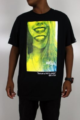 Camiseta Mess Maria