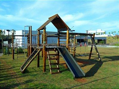 Playground Aldeota em eucalipto tratado Instalado no Condomínio Alphaville Nova Esplanada 1