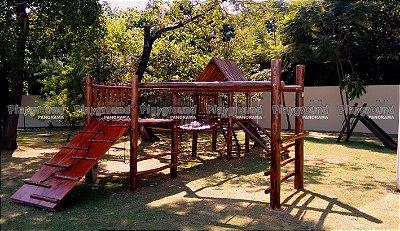 Playground Aldeota em eucalipto tratado Instalado no Condomínio Villa Campolim