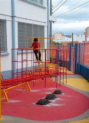 Gaiola Labirinto/ Colégio Dom Aguirre