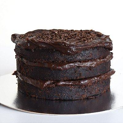 Bolo de Chocolate com Brigadeiro M (2kg)