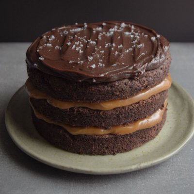 Bolo de Chocolate com Caramelo Salgado M (2kg)