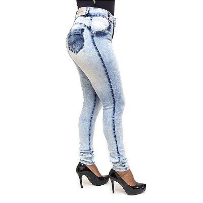 Calça Jeans Bunny Feminina Hot Pants Manchada