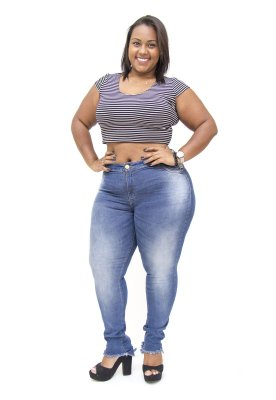Calça Jeans Plus Size Feminina Escura Darlook Hot Pants