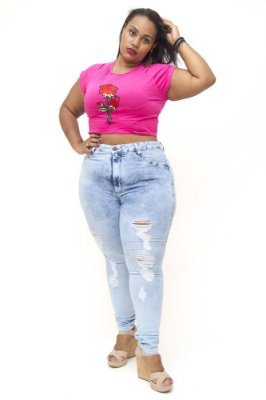 Calça Jeans Plus Size Feminina Rasgadinha Cambos Lana