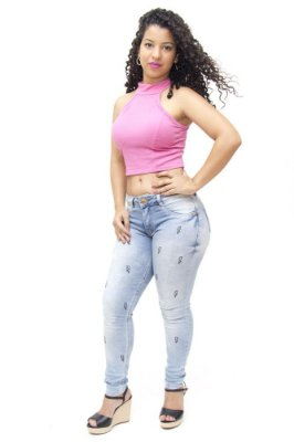 Calça Jeans Feminina Clara Bordada Biotipo Tauane