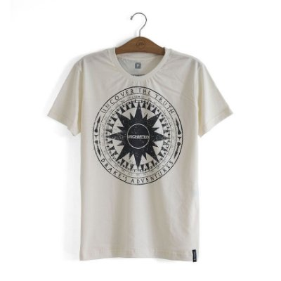 Camiseta Uncharted Bússola