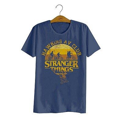 Camiseta Stranger Things Hawkins AV Club