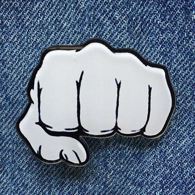 pins | punch | a compra dos pins terá que ser vinculada à compra de um jeans coleteria