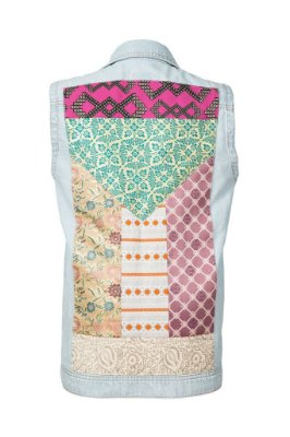 colete jeans com patchwork | MoMa claro | coleteria in the city