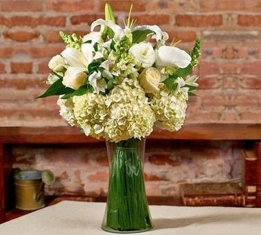 Buquê mix de flores brancas