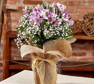 Buquê de alstromérias lilás