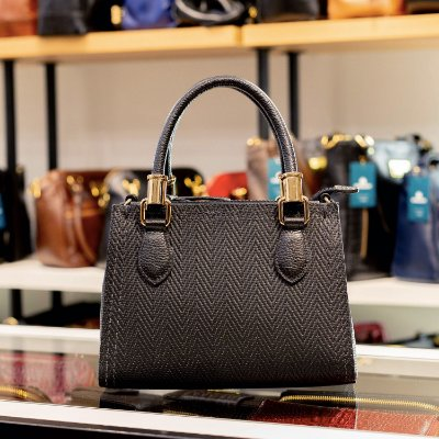 Mini bolsa de couro legítimo Andressa preta tramado