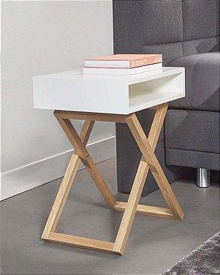 Mesa de Cabeceira com pés em X - Nicho em 100% MDF - Pés em madeira natural - Escolha a sua cor