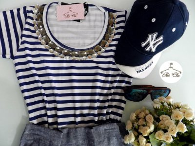T-shirt  Listras || Stripes [ Azul + Branco ] Bordada {{ Manga Curta }}
