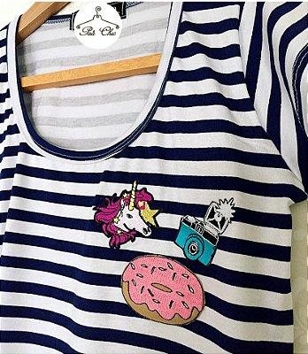 T-shirt  Listras || Stripes Unicornio Patches {{ Manga Curta }}
