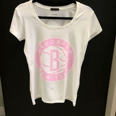 T-shirt Brooklyn New York | Off White e Rosa - Petit Rosè