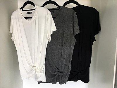 T-shirt Basic | Cores: Off White, Preta e Cinza Mescla [ Para usar com NÓ ou Soltinha ] Decote Redondo