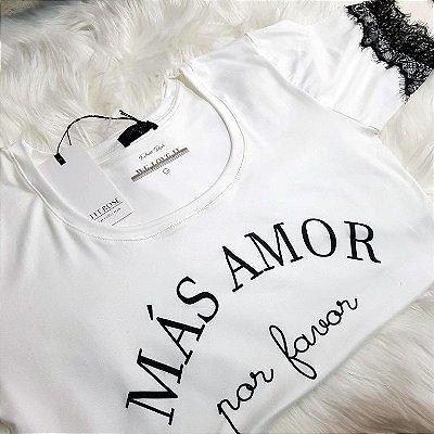 T-shirt Más Amor Por Favor | Cor Branca - Renda na manga | Petit Rosè