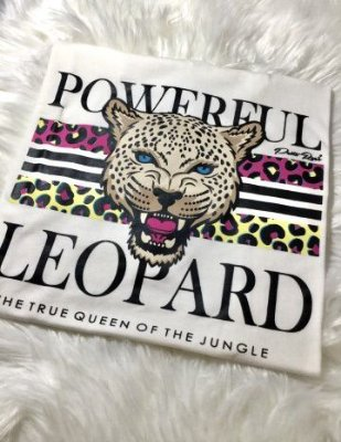 T-shirt Powerful Leopard Off White | Petit Rosè