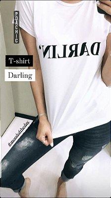 T-shirt Darlin' | Cores: Preto e Branco