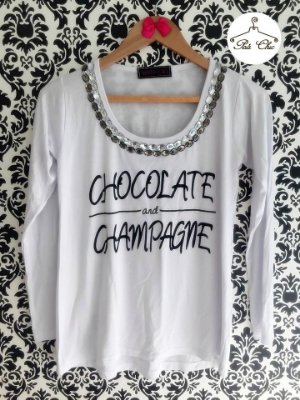 T-shirt Chocolate & Champagne || Bordada [ Branca ] Manga Longa