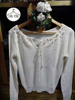Blusa de Tricot Ingrid || Bordada em Pérolas { Cores: Off White e Preto }