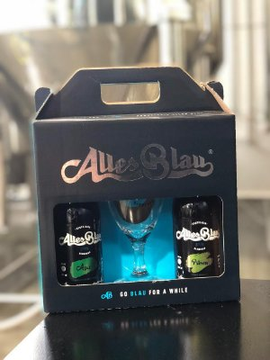 Kit Cerveja Artesanal Alles Blau 2 Cervejas + Copo