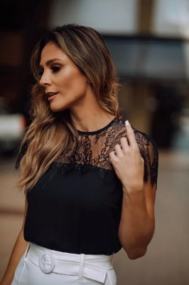 Blusa Crepe Renda - Marcela ( Cores)