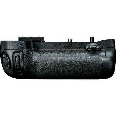 Multi Battery Power Pack Nikon MB-D15 para Câmera Nikon D7100 / D7200