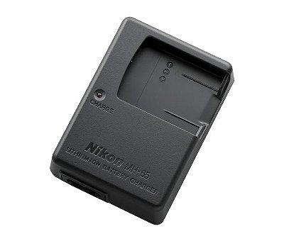 Carregador Nikon MH-65 para Bateria Nikon EN-EL12 Câmeras COOLPIX S9900 / AW130 / P330