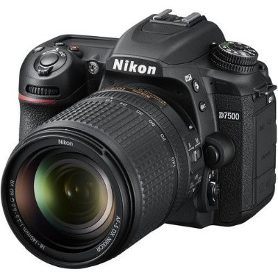 Câmera Nikon D7500 Kit com Lente Nikon AF-S DX NIKKOR 18-140mm f/3.5-5.6G ED
