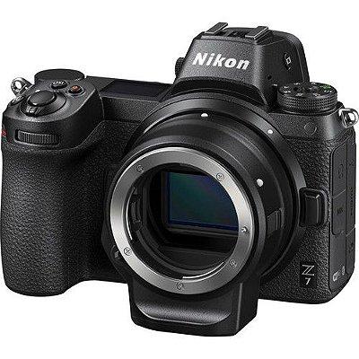 Câmera Nikon Z 7 Mirrorless Corpo com Adaptador Nikon FTZ