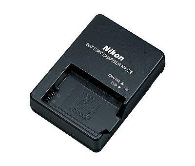 Carregador Nikon MH-24 para Bateria EN-EL14 / EN-EL14a Câmeras D3100 / D3200 / D5300 / D5500