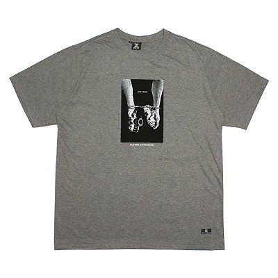 Camiseta Old City x Fotophunk - Cinza chumbo mescla