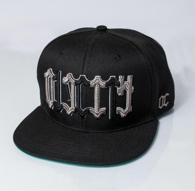 Boné Snapback Old city - Model Letters - Black .